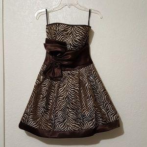 Jessica Mcclintock brown and cream formal dress